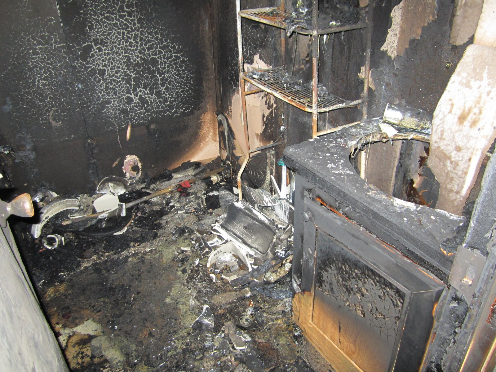 Meth fire explosion in mobile home bathroom